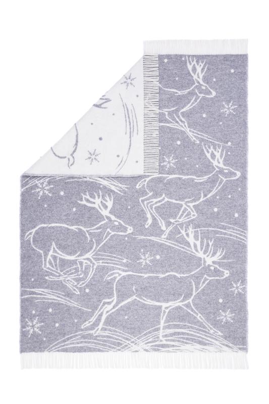Wool jacquard blanket Run Deer 1